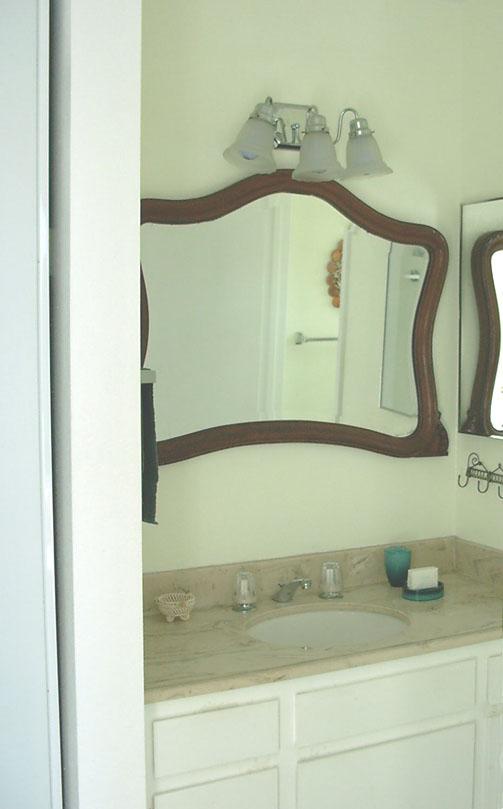 FranksBeachCondos - Oceanside California Beach Rental master bedroom bathroom vanity